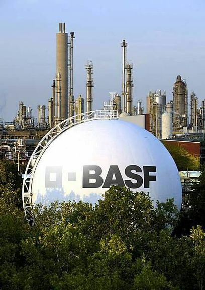 BASF posts slight increase in 2018 sales and decline in earnings due mainly to lower contributions from Chemicals