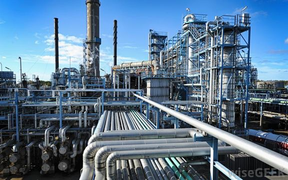 ℂhina's state-owned refineries lift Oct run rate to record high 85.7%
